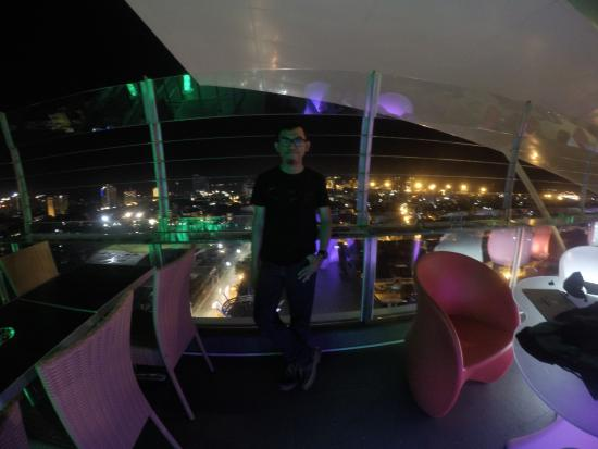 sky lounge terbaik di makassar picture of karebosi condotel rh tripadvisor ie