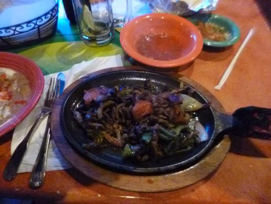 El Poblano: beef with pepperones and onions
