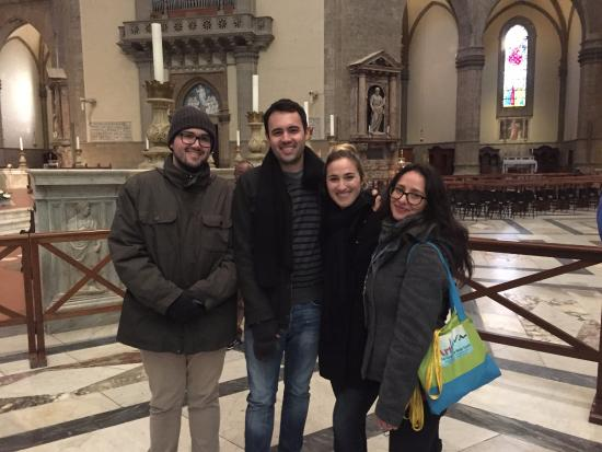 Artviva: The Original & Best Tours Italy : Brenda in a basilica