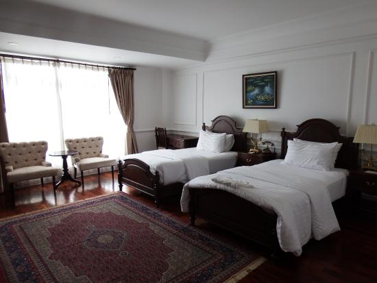 Dhavara Hotel: プレミアツイン
