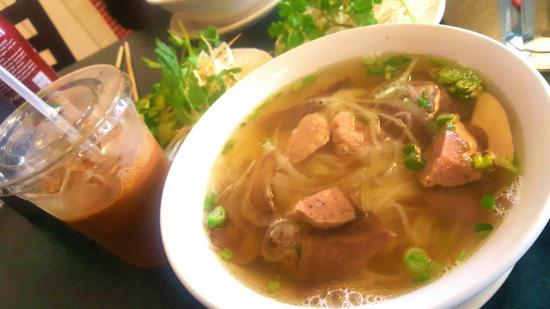 Pho v nam asian restaurant 8122 south harvard avenue for Asian cuisine tulsa