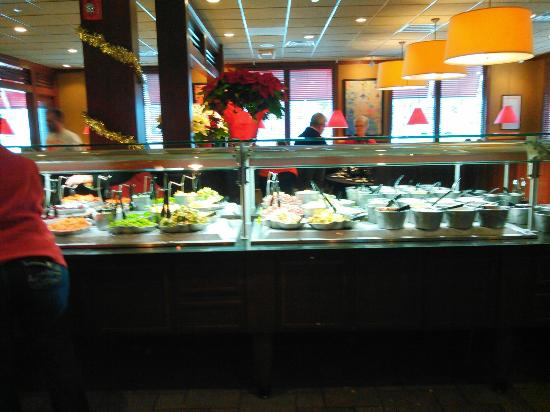 Brunch Buffet At Ruby Tuesdays Urbandale