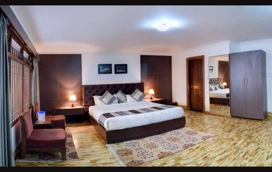 huge rooms picture of temi house homestay service apartments rh tripadvisor ie