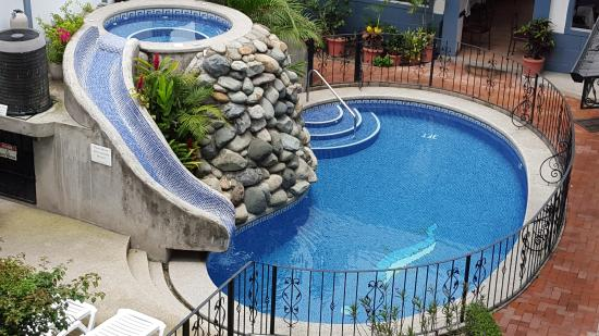 Hotel Santo Tomas: Clean and relaxing swimming pool
