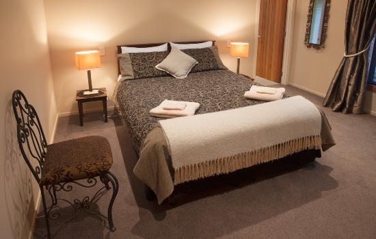 Rive Gauche B&B Lodge: Rive Gauche Queen room