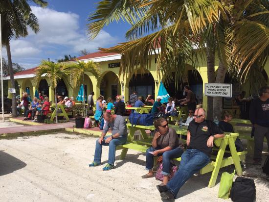 Kermit S Airport Lounge Great Exuma Restaurant Reviews