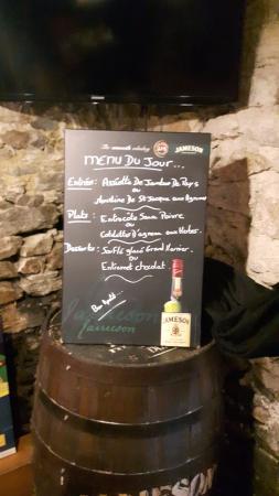 La Roche-Bernard, France : menu du jour