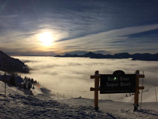 Golden, Καναδάς: Soliga dagar på toppen