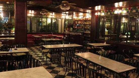 Adriatico Arms Hotel - Coffee Shop (Evening)