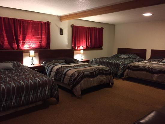 The Lodge Near Mount Rainier : Chalet