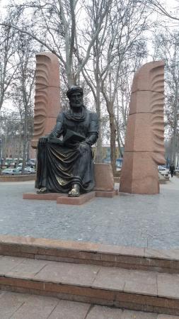Kamal Khujandi Statue