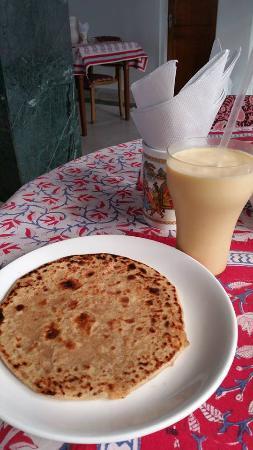 Tara Niwas Restaurant