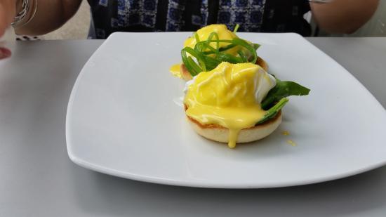 Richmond, Yeni Zelanda: eggs benedict