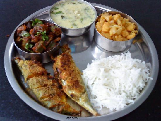 Fish bone restaurnt and bar palolem restaurant reviews for Fish bones restaurant