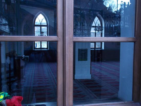 View Of The Inside Through The Glass Door Picture Of Jumah Mosque