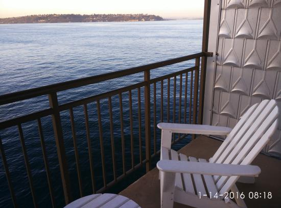 balcony picture of the edgewater a noble house hotel seattle rh tripadvisor ie