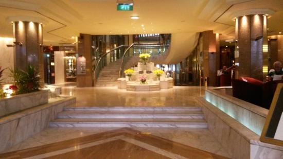 Le Meridien Heliopolis: nice entrance