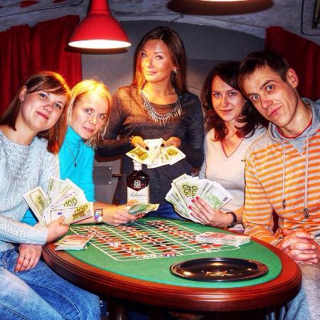 Квесты ограбление казино в спб mortal kombat x карты играть