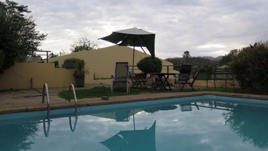 Hotel Pension Onganga: ungepflegt