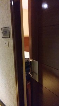 Magaji Orchid: Room