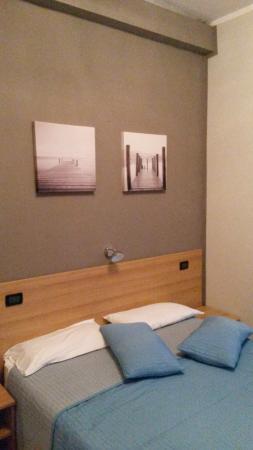 camera quadrupla - Picture of Soggiorno Mirabella, Varazze - TripAdvisor