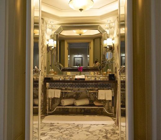 Waldorf Astoria Shanghai on the Bund: photo3.jpg