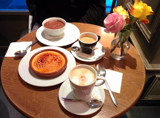 Cafe Saint Honore : Coffee and desserts