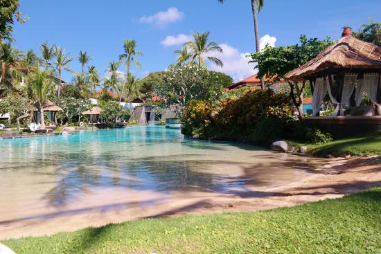 the lovely lagoon pool picture of the laguna a luxury collection rh tripadvisor com au