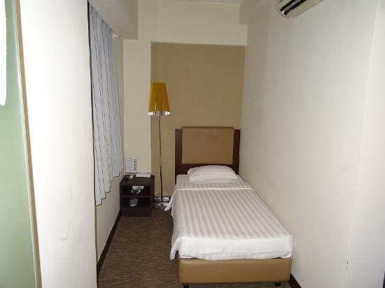 Single room picture of casa hotel hong kong hong kong - Apartamentos en hong kong ...