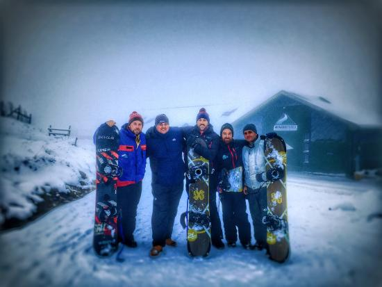 South Laggan, UK: Our Snowboarding Group