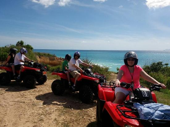 Oyster Pond, St Marteen/St. Martin: Touring the island