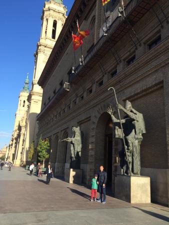 Basilica de Nuestra Senora del Pilar : photo0.jpg