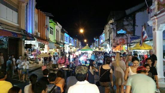 ‪مدينة بوكيت, تايلاند: Sunday Walking Street Market (Lard Yai)‬