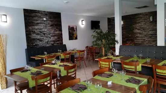 Chez Ly : nouvelle salle restaurant