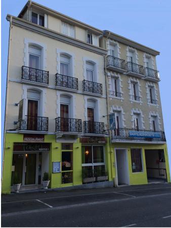 Chez Ly : Restaurant et Hôtel