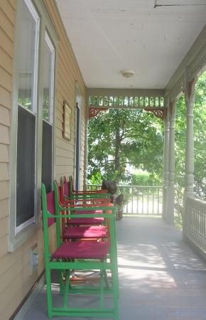 Dancing Bear Guesthouse: Our spacious porches are favorites with our guests in the warmer months.