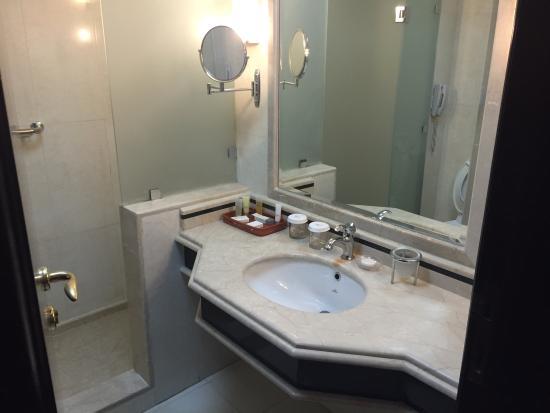 Lexington Gloria Hotel Doha: photo2.jpg