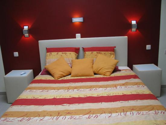 The Protea Bed & Breakfast: Frosted Fire room   en-suite