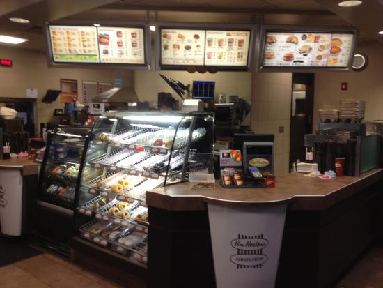 Medina, estado de Nueva York: Tim Horton's - pastry case