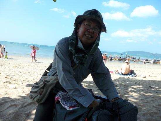 Krabi La Playa Resort: This guys sorry for name sells sarongs