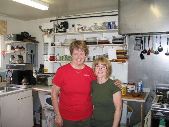 Irish Loop Coffee House: Judi and assistant