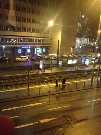 Hotel Tourist Frankfurt: вид из окна