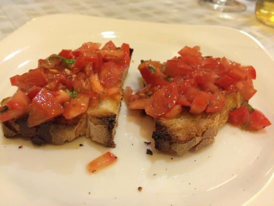 Da Vito e Dina: Finger Licking Bruschetta