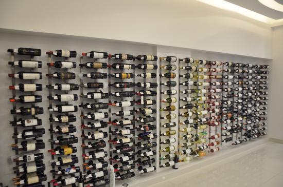 Selecci n de bodegas premiadas familiares y boutique - Fotos de vinotecas ...