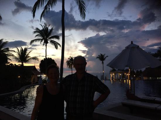 Rawi Warin Resort & Spa: solnedgång