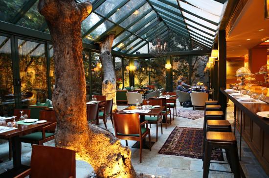 Herodion Hotel: Atrium Greek Bistrot