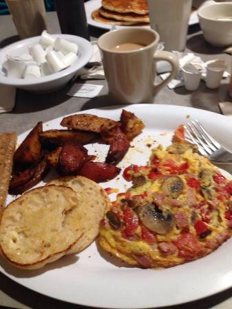 Breakfast at Commercial Point Cafe....AWESOME!!