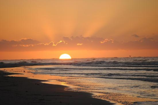 Fripp Island, SC: Spectacular ocean sunrise.