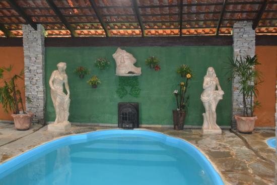 Piscina interna coberta picture of pousada villa das for Piscina coberta