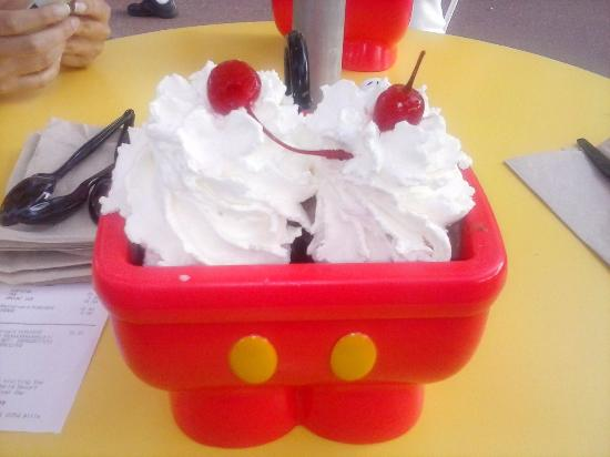 mickey s kitchen sink picture of plaza ice cream parlor orlando rh tripadvisor co uk
